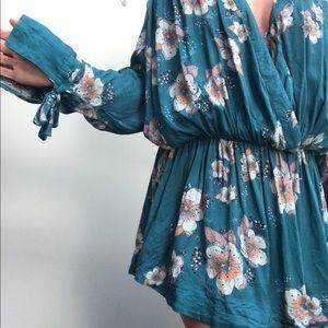 Free People | Floral Bat Sleeve Boho Mini Dress